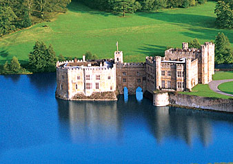 Leeds Castle, Kent: A Blend of Architectural Splendour and Enthralling History