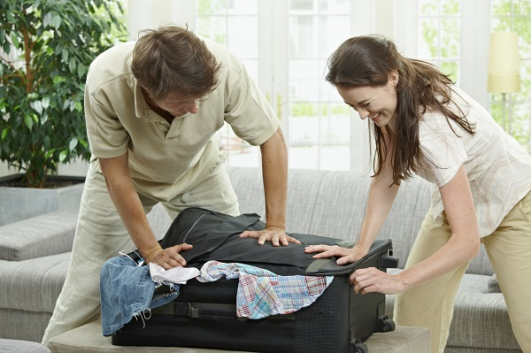 http://www.dreamstime.com/royalty-free-stock-images-closing-suitcase-image12684559