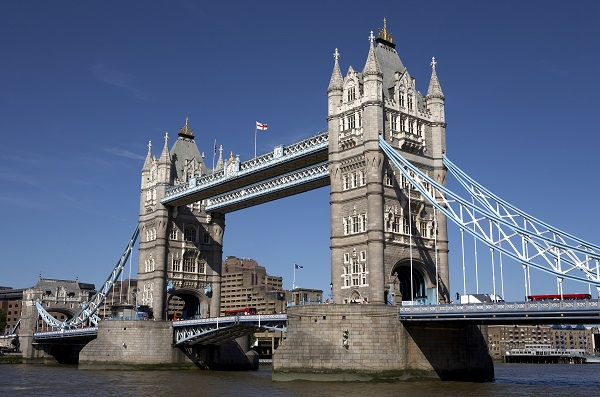 http://www.dreamstime.com/royalty-free-stock-photo-london-tower-bridge-image900005