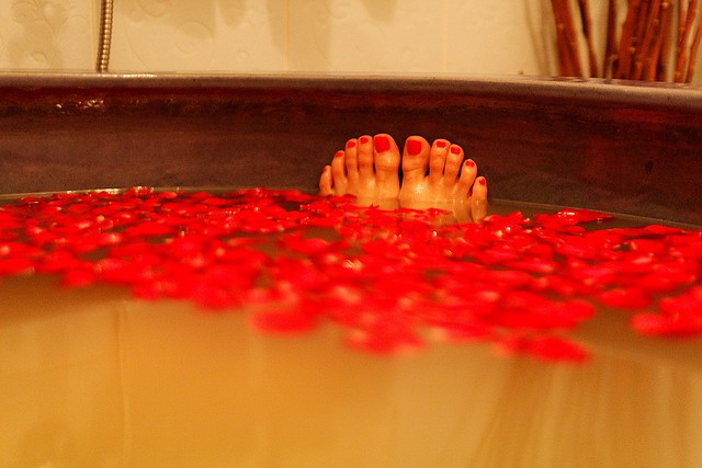 Spa toes