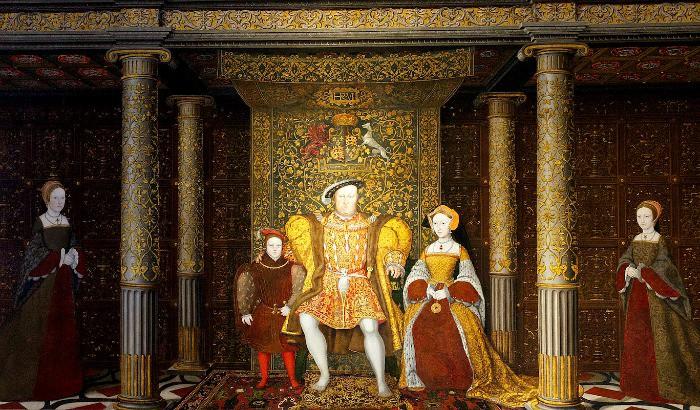 Henry VIII ghost walks at Hampton Court