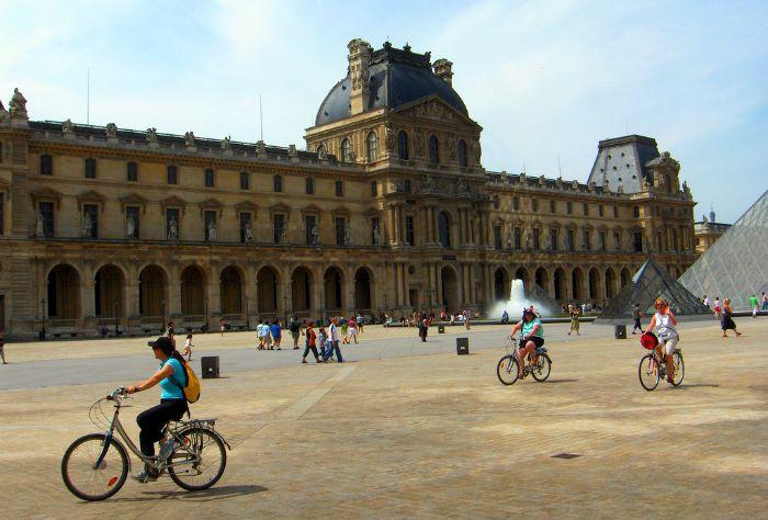Bike Tour of Paris