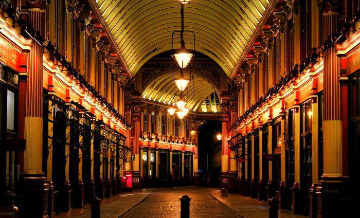 London By Night - Leadenhall Market