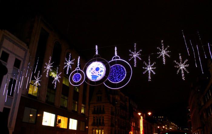 See the lights overhead