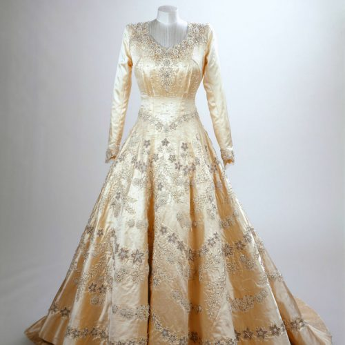 Princess Elizabeth's Wedding Dress - Royal Collection Trust , Copyright Her Majesty Queen Elizabeth II 2016