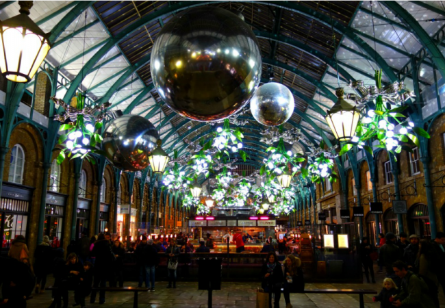 Festive Photographs of The London Christmas Lights