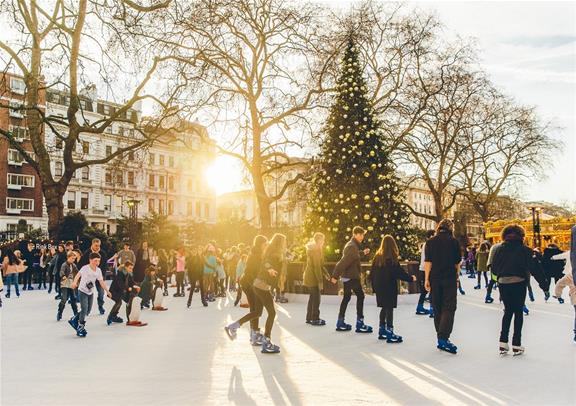 Christmas Ice Skating London.Skate On The Best Ice Rinks In London This Christmas