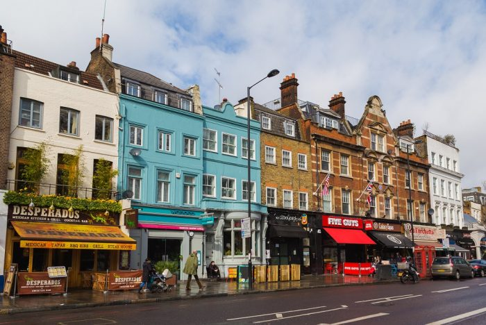 Shops and bars in Islington