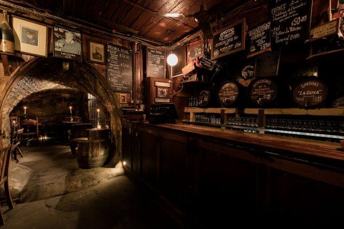 Solo travel London - Gordon's wine bar