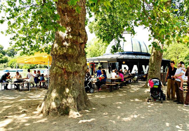 Solo travel London - The Pavilion Cafe